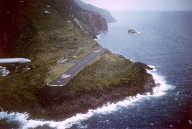 Saba_airport