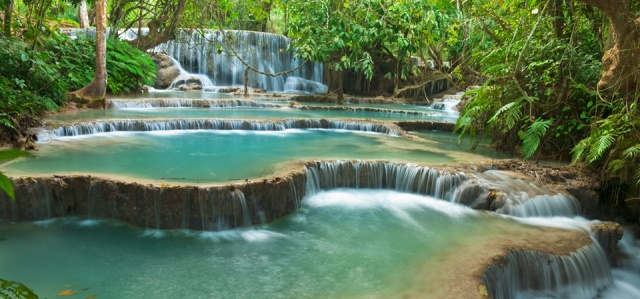 kuang_si_water_fall_lpq.jpg